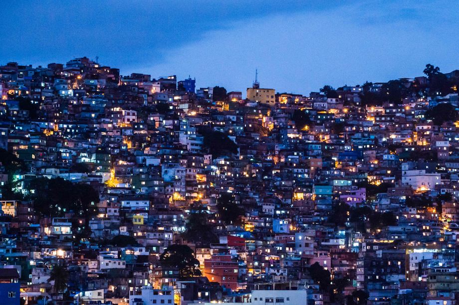 In the Rochinha favela, around 50,000 people crowd into a single square kilometer.
