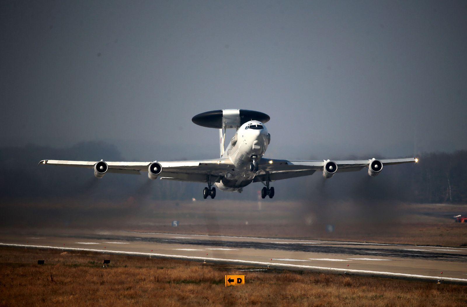 NATO Aufklärungsflugzeug/ Awacs