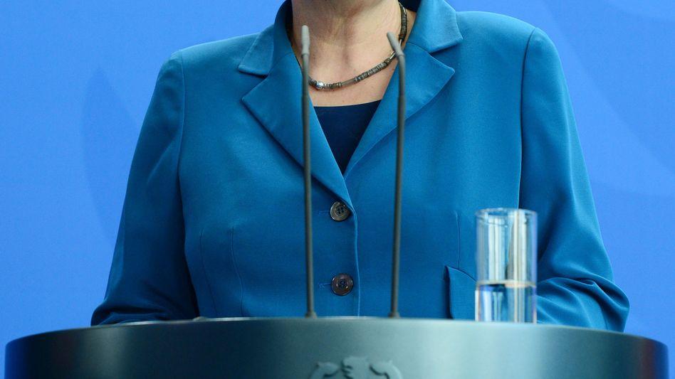 Angela Merkel (Archivbild): Die Snowden-Enthüllungen waren mitten in ihren Wahlkampf geplatzt - jetzt hat die Sache ein Nachspiel