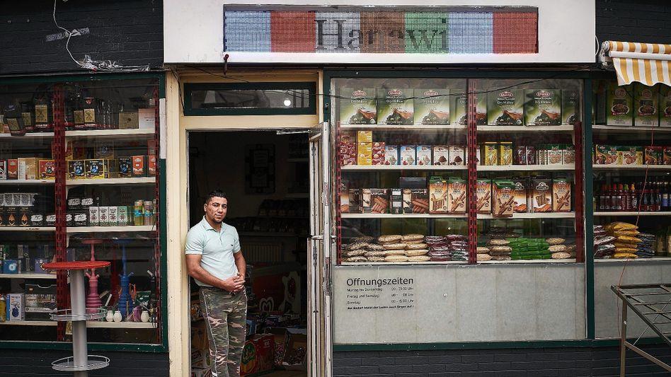 Mohammad Hanawi, Ladenbesitzer
