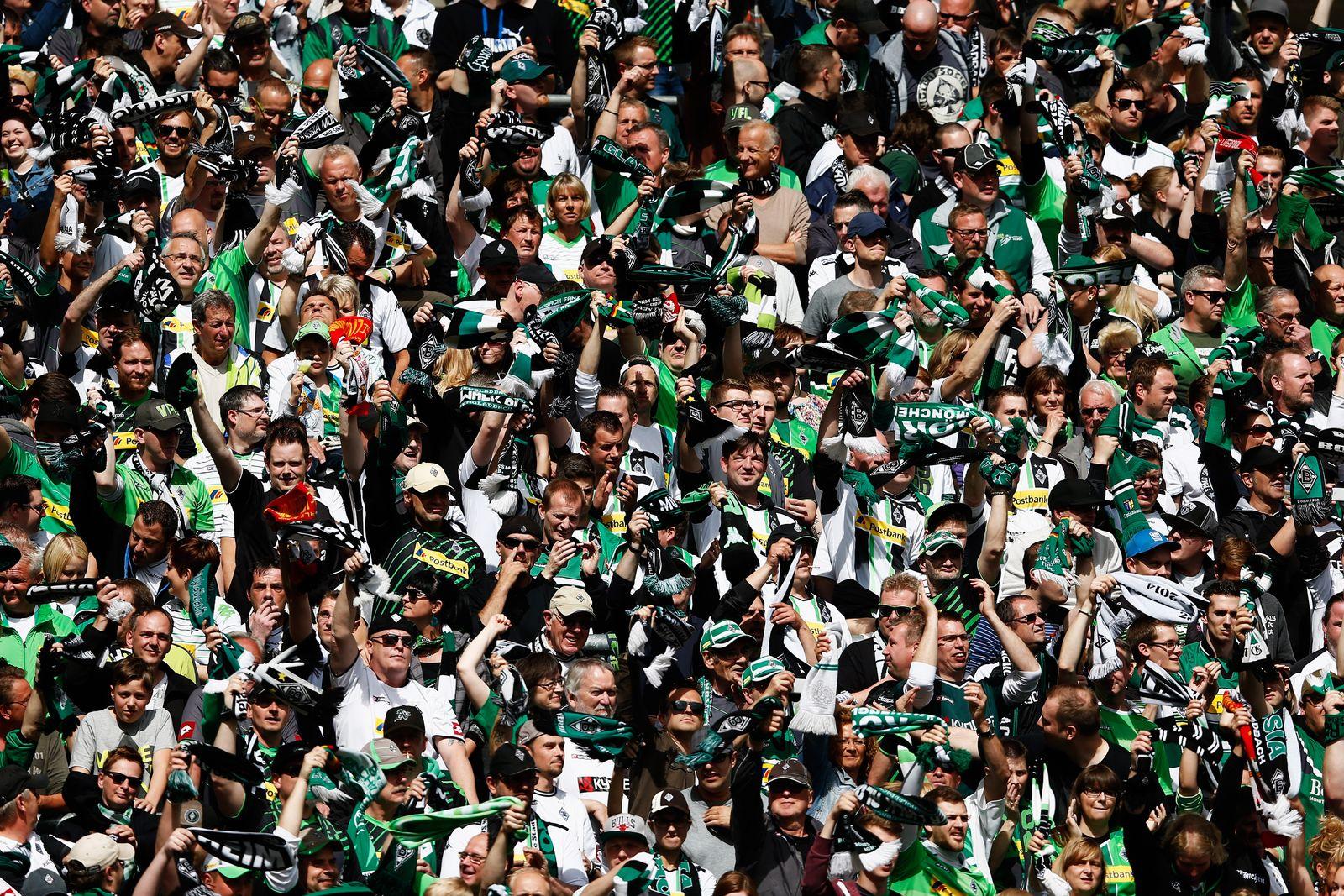 Bundesliga/ Fans/ Stadion