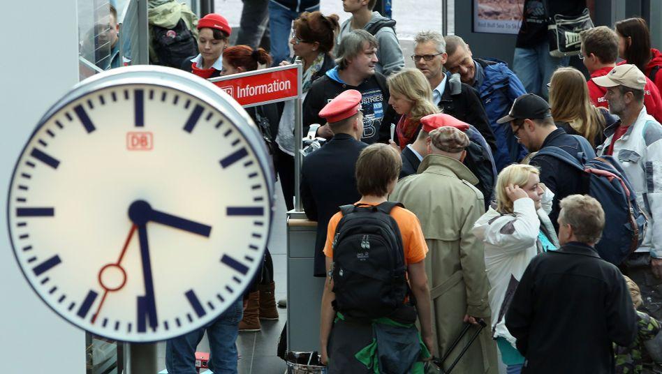 Ob zur Arbeit oder nach Hause: Der Bahnstreik trifft Pendler hart