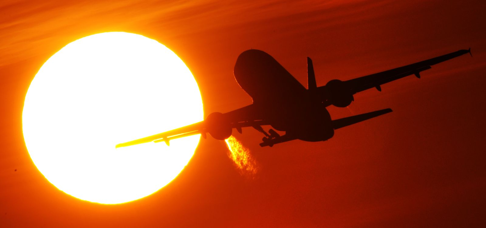 Gemischter Groll in der Luftfahrt über Ticketsteuer