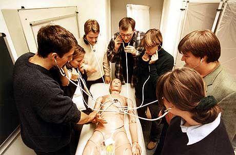 Medizinerausbildung: Schauspieler als Alternative zur Anatomiepuppe