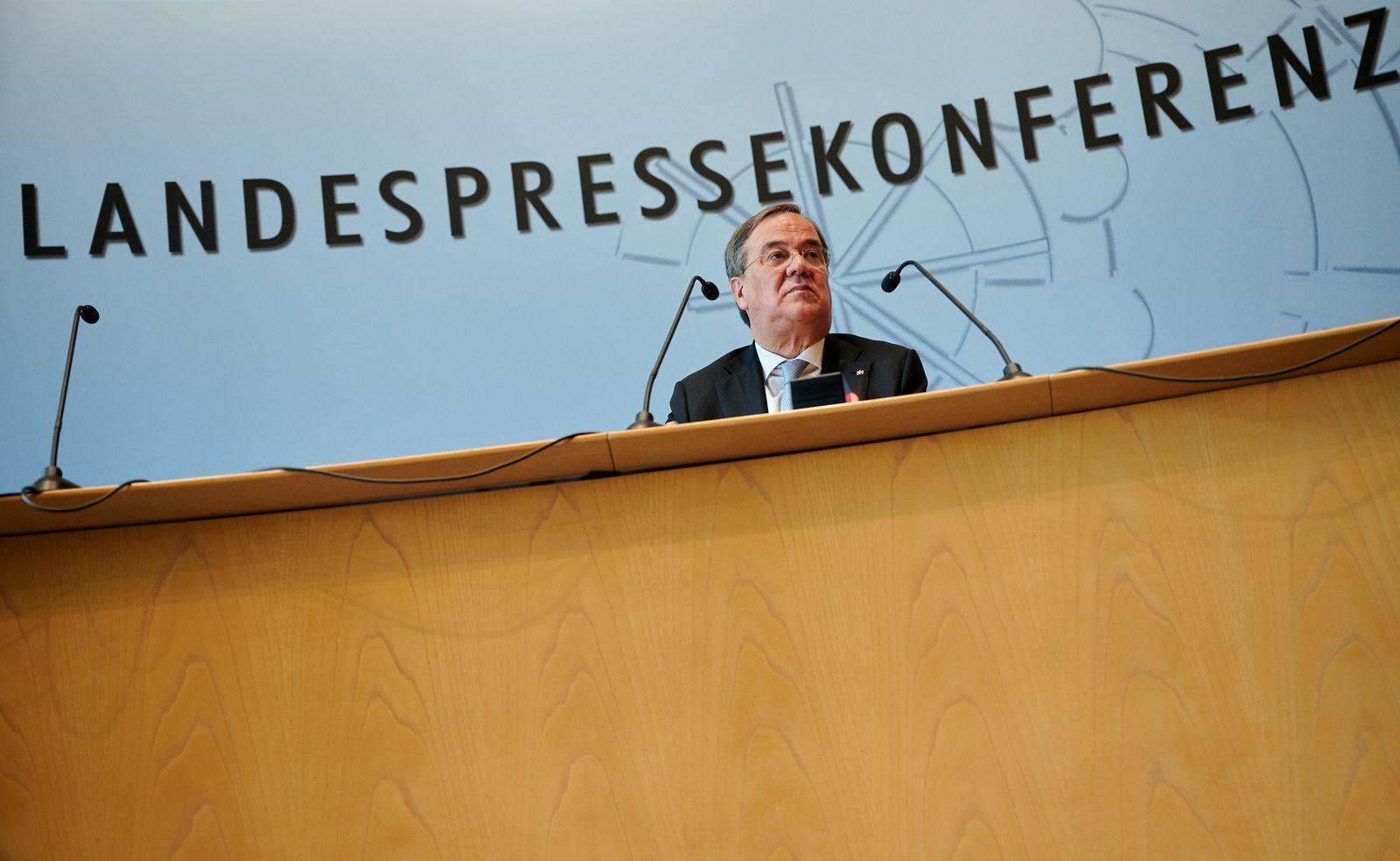 Pressekonferenz mit Ministerpräsident Laschet
