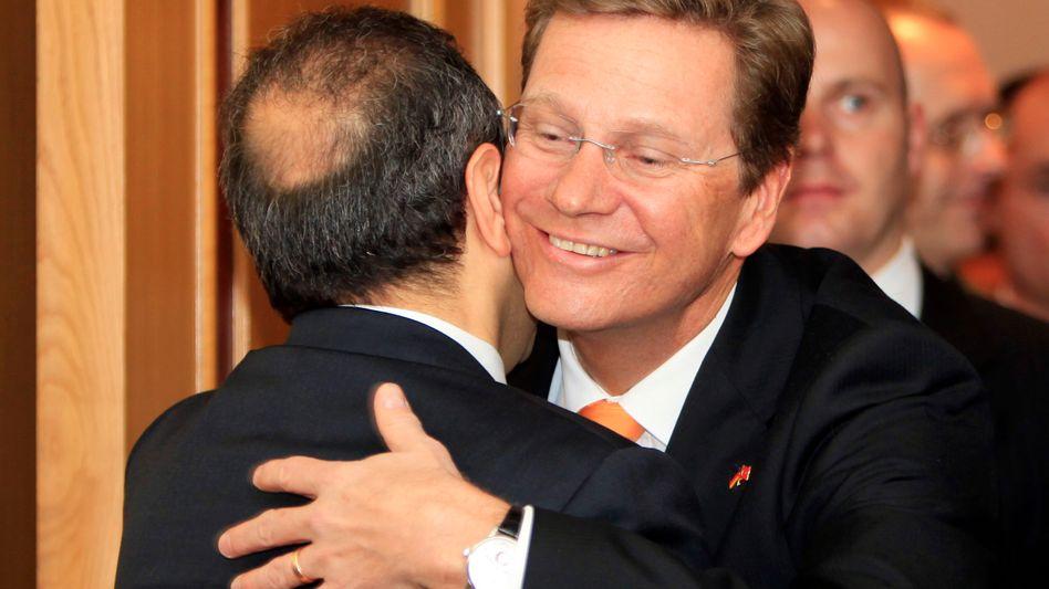 "Westerwelle (r.), Türkeis EU-Minister Egemen Bagis: ""Nicht in kurzen Hosen"""