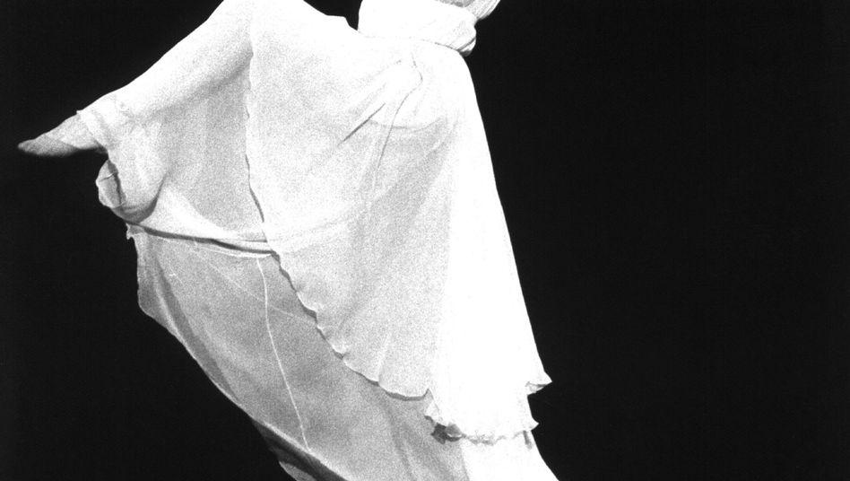 Maja Plissezkaja bei einem Auftritt 1977: Harter Weg zum Ruhm