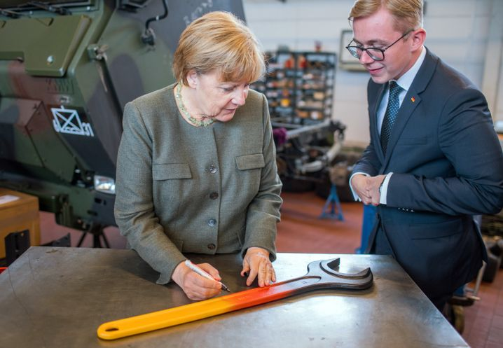 Amthor mit Merkel Anfang September in Strasburg
