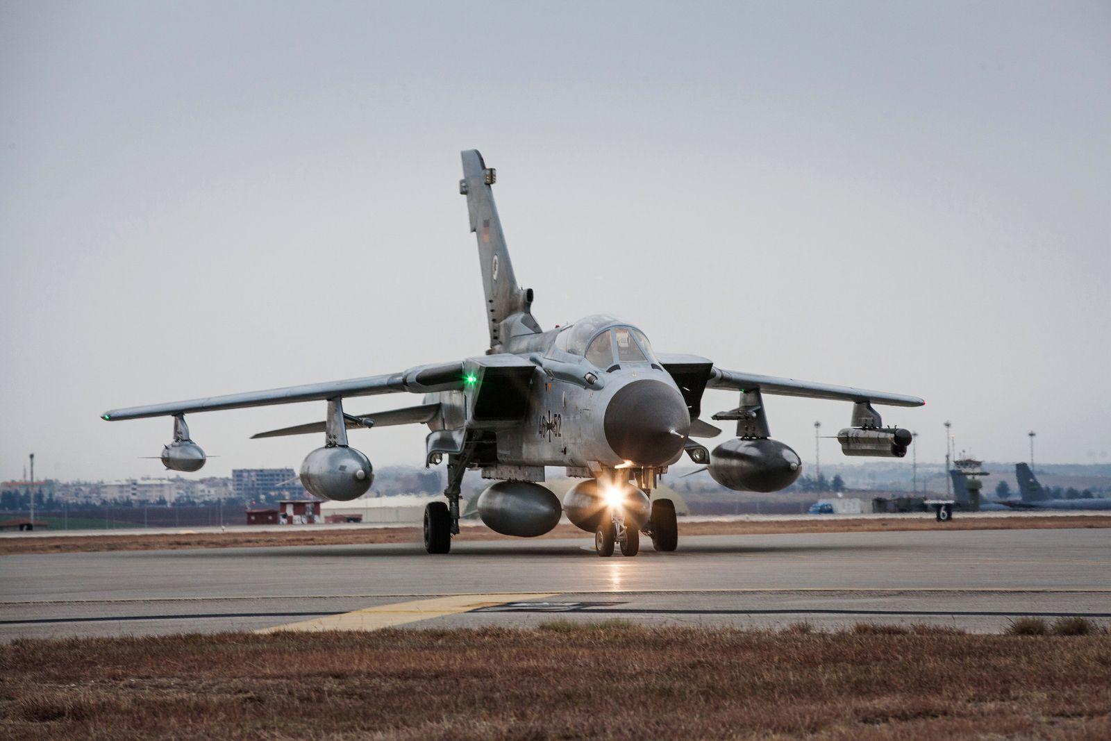 EINMALIGE VERWENDUNG Tornado/ Syrien Einsatz Bundeswehr