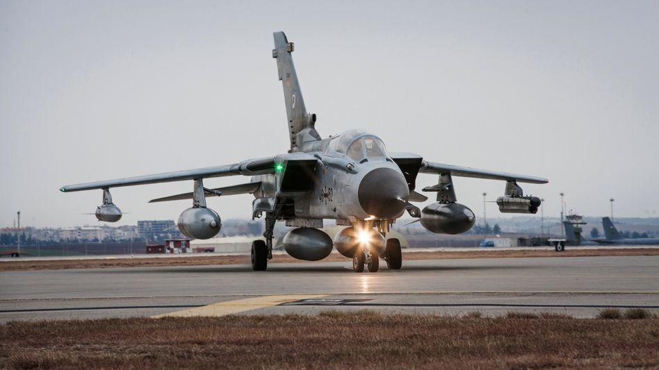 """""""Tornado"""" auf türkischer Luftwaffen-Basis: Weiter Probleme im Dunkeln"""