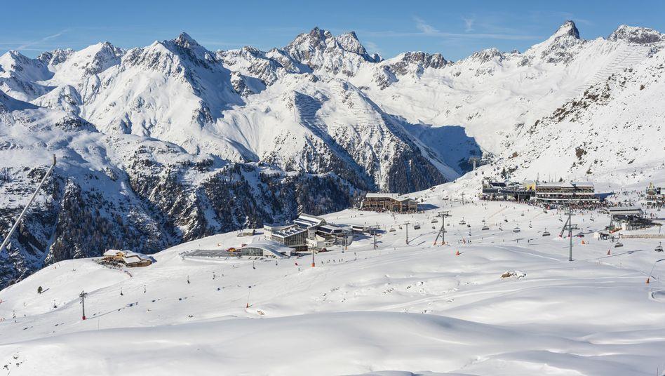 Skiort Ischgl: Am 13. Märzhat die Tiroler Landesregierungdas gesamtePaznauntalunter Quarantänegestellt
