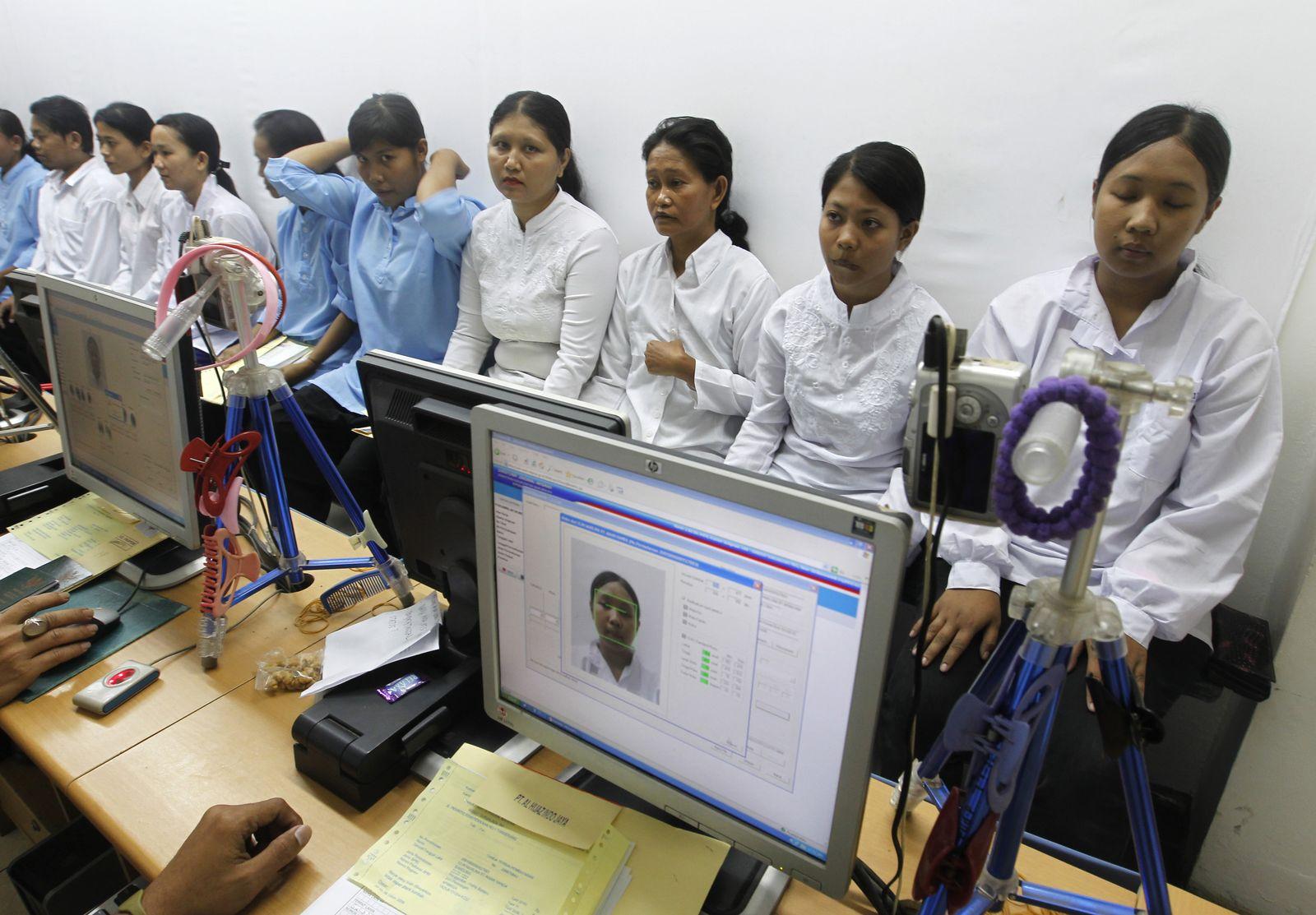 Indonesien Frauen/ Haushaltshilfe/ Maid/ Saudi Arabien