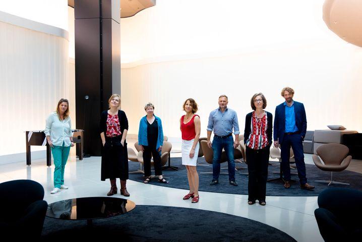 Buchpreisjury 2021: Sandra Kegel, Anja Johannsen, Beate Scherzer, Anne-Catherine Simon, Richard Kämmerlings, Bettina Fischer, Knut Cordsen