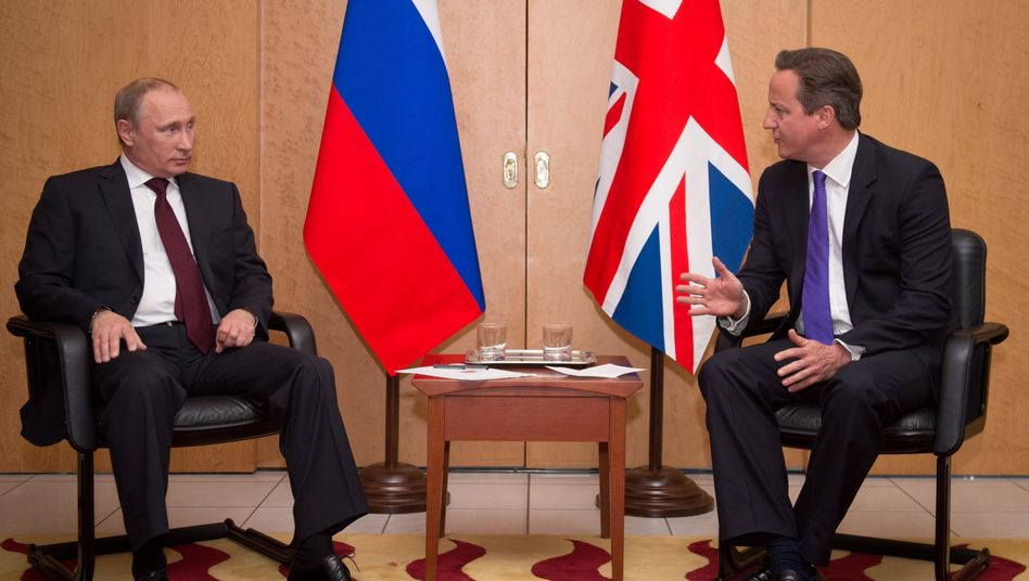 Putin, Cameron: Unterkühltes Klima am Flughafen Charles De Gaulle