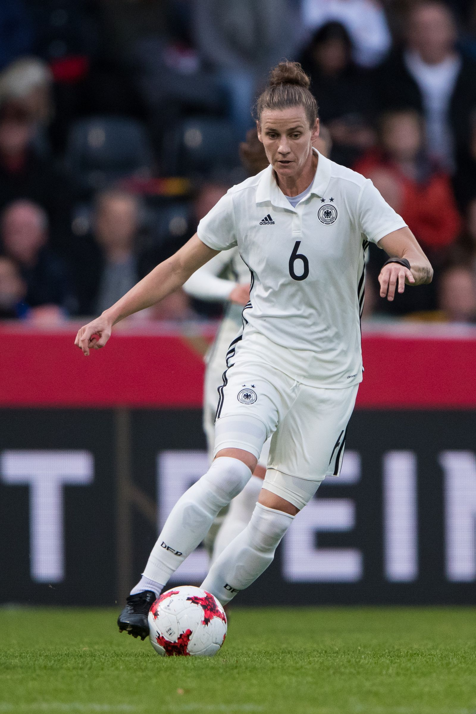 Simone Laudehr/ Nationalmannschaft 2017