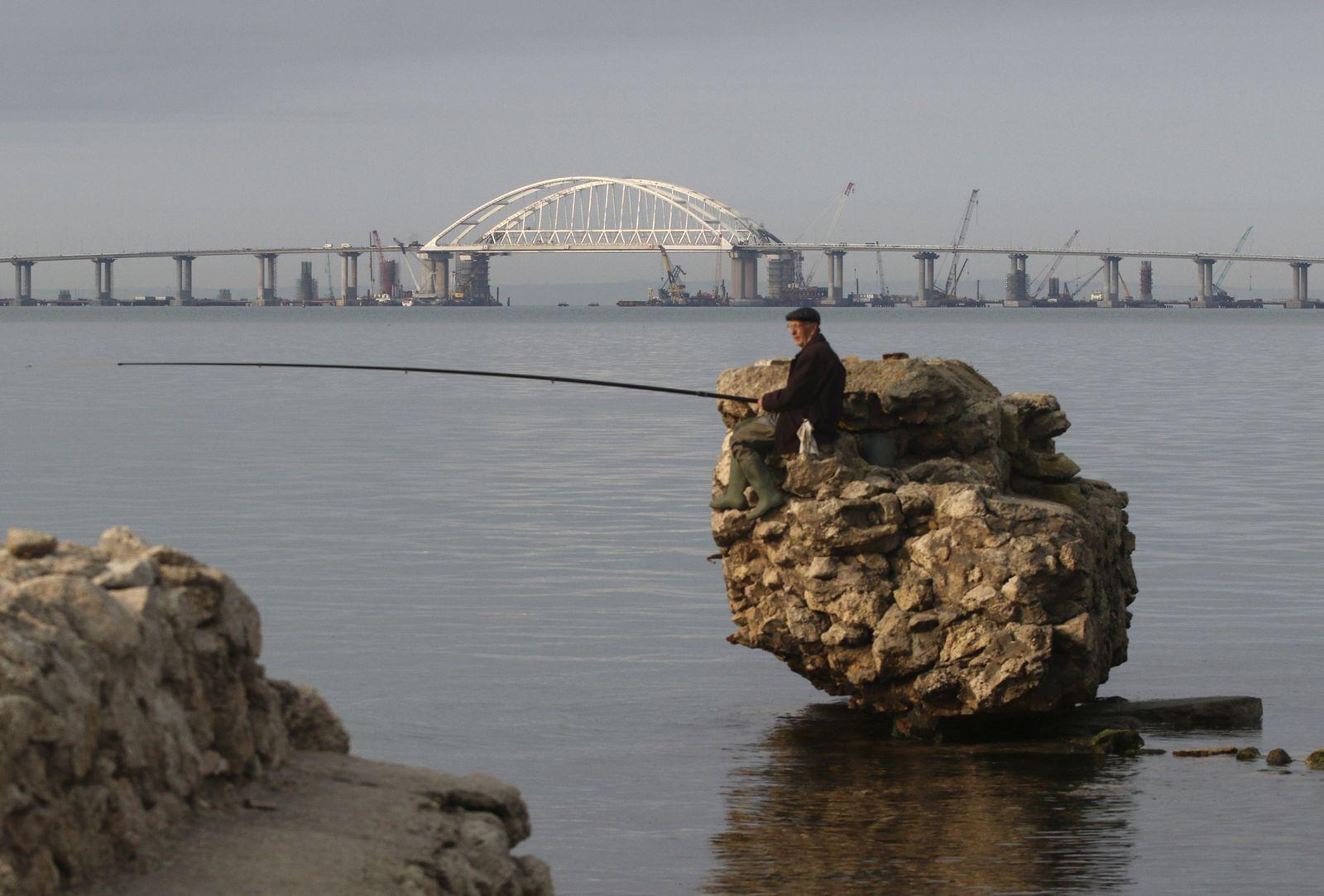 Krim/ Brücke