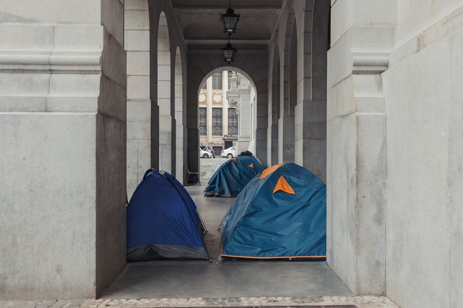 Tents set up by homeless people at entrance to the Faculty of Law in the center of São Paulo