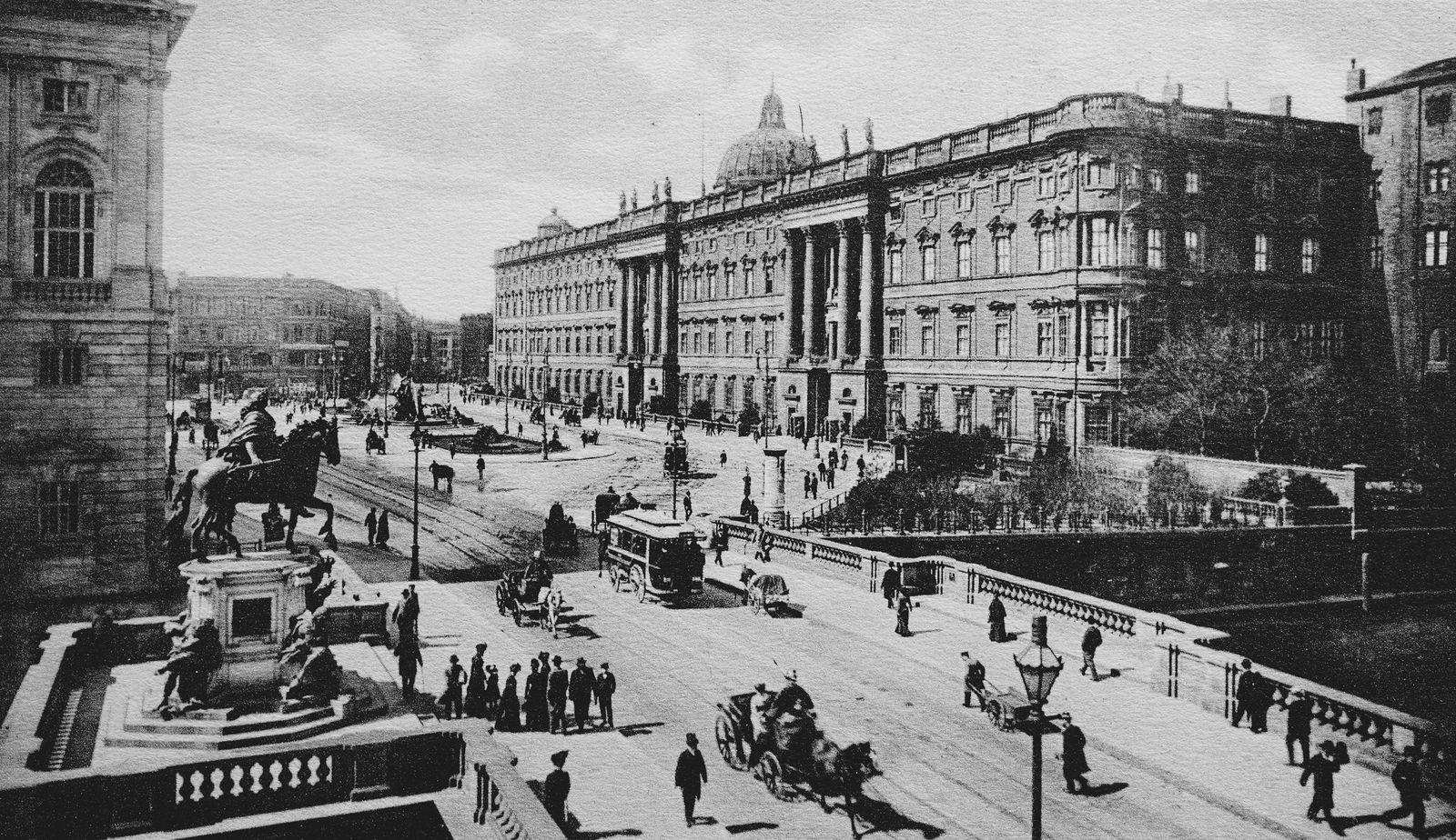 EINMALIGE VERWENDUNG Berliner Stadtschloss, historische Aufnahme von ca. 1899 Expire: 23.07.2021
