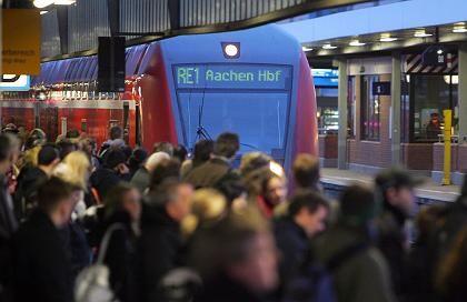 """Pendler (in Dortmund): """"Der beste Platz für ein Auto ist der Parkplatz am Bahnhof"""""""
