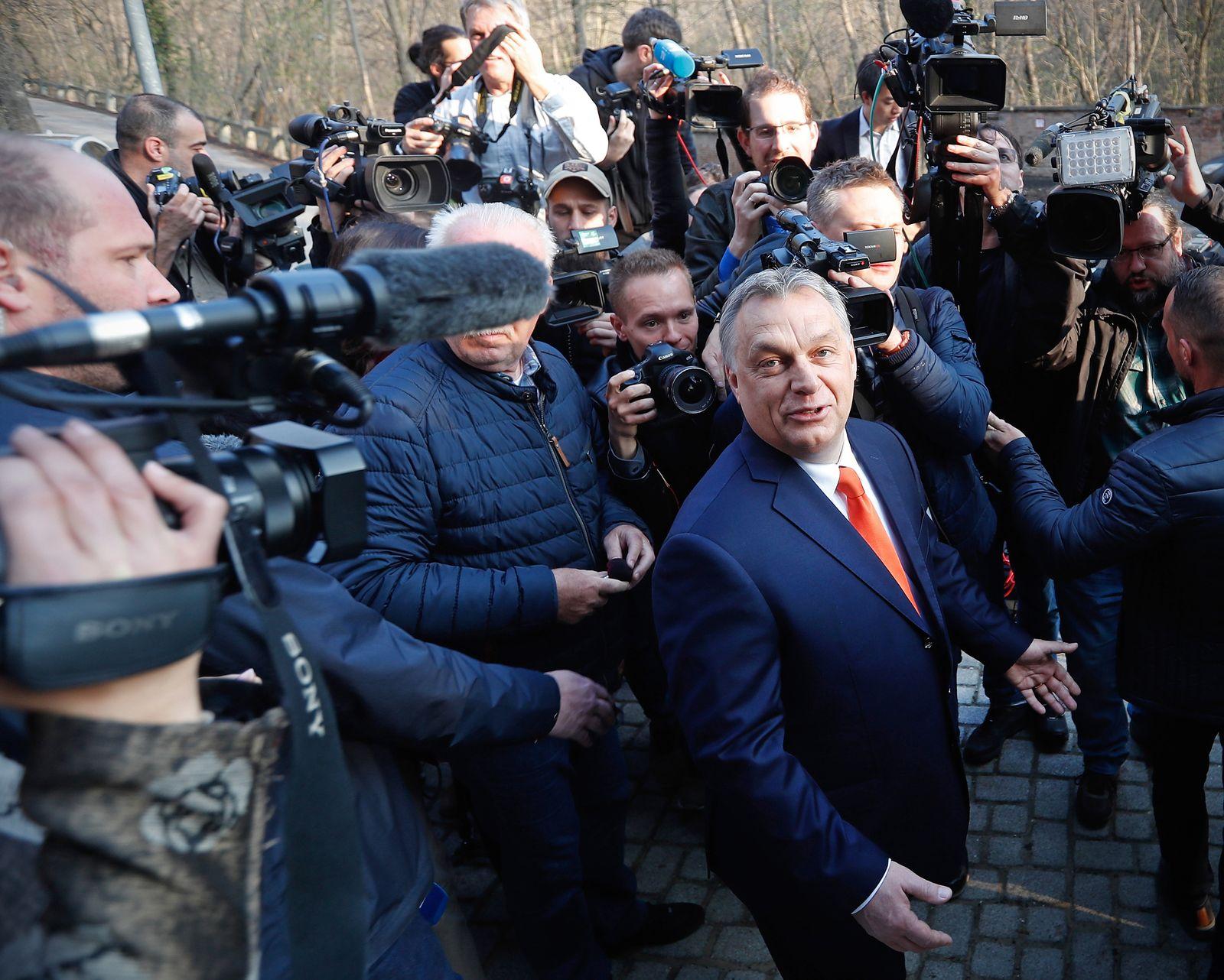 EINMALIGE VERWENDUNG Viktor Orban