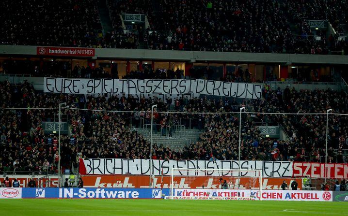Fanproteste in Düsseldorf