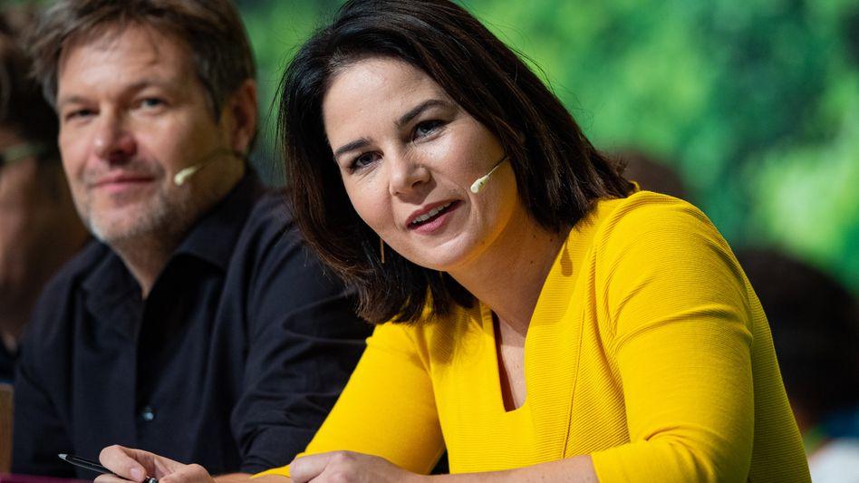 Annalena Baerbock (r.) und Co-Parteichef Robert Habeck