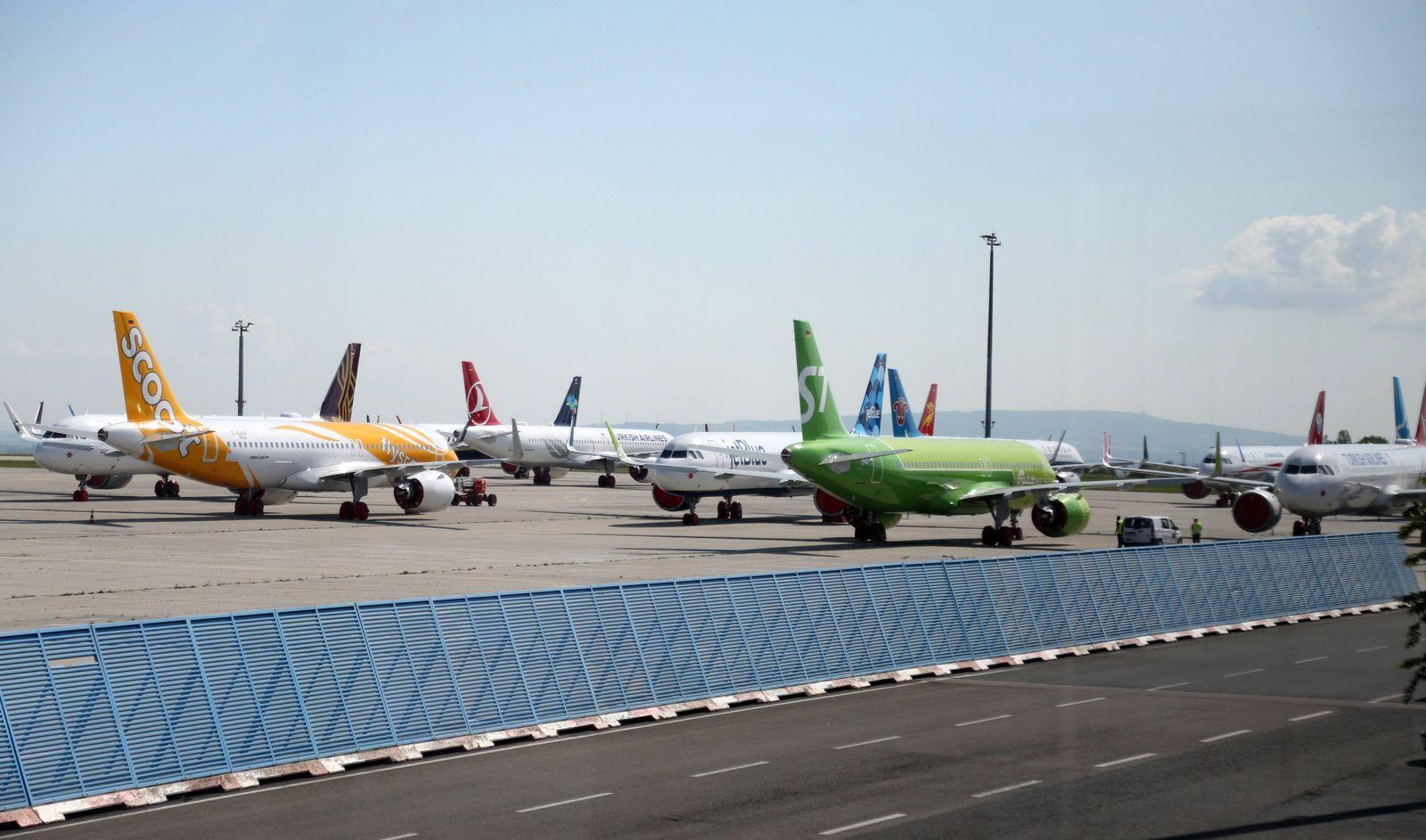 Erfurt 27.05.2020 , Erfurt, Flughafen Erfurt-Weimar, aufgrund der Corona-Pandemie kann Airbus fertige Flugzeuge nicht au