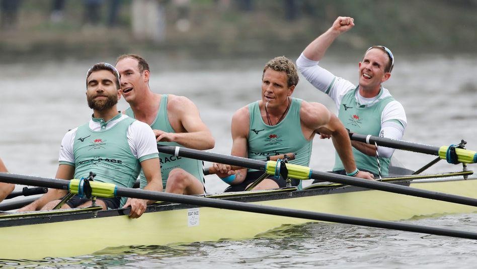 Cambridges Männerteam: Dara Alizadeh, Grant Bitler, James Cracknell, Dave Bell (v.l.n.r.)