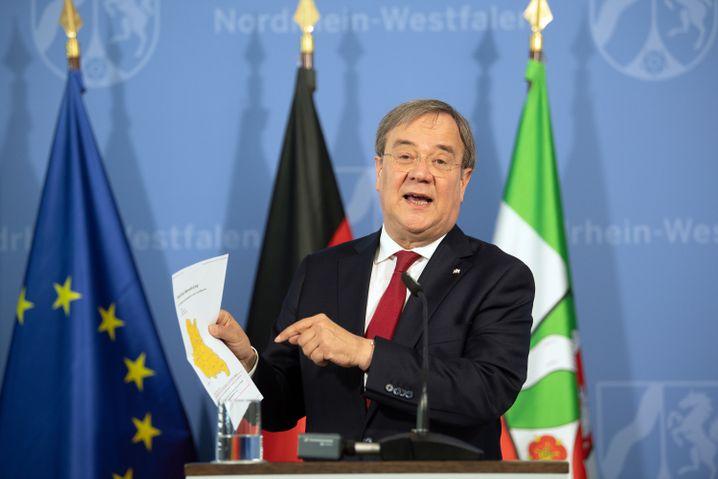 NRW-Ministerpräsident Armin Laschet (CDU): rechtzeitig auf Corona-Ausbruch bei Tönnies reagiert?