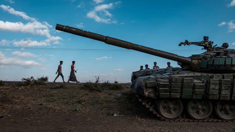 Zerstörter Panzer in Tigray: Kämpfen, bis die Besatzer vertrieben sind