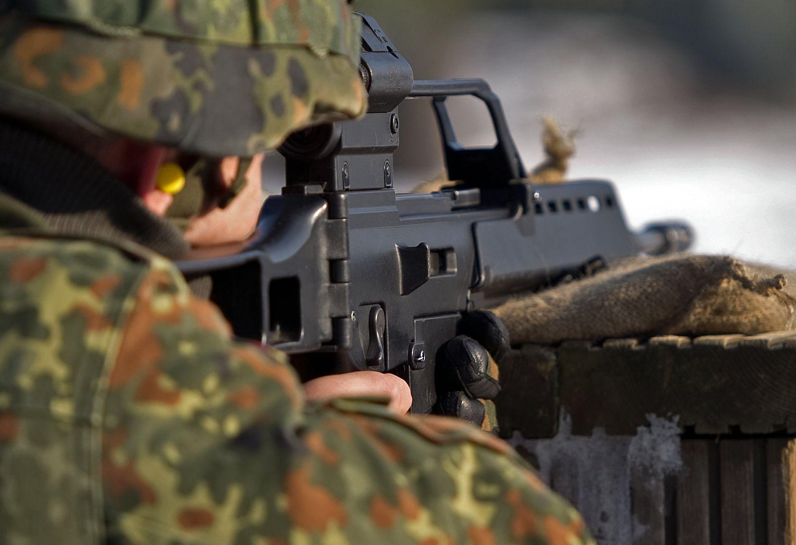 Schießübung mit Sturmgewehr G36