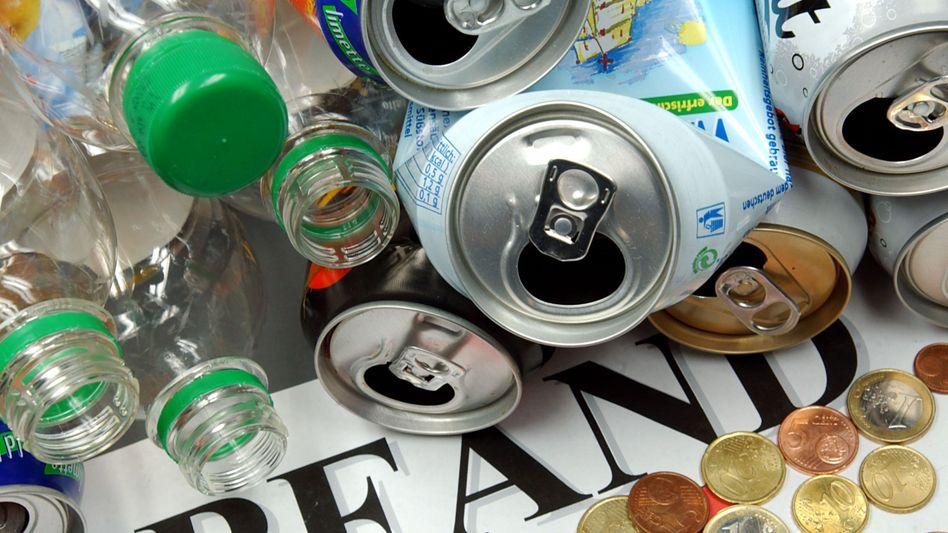 Getränkedosen und Flaschen: Die Büchsen sind im Kommen