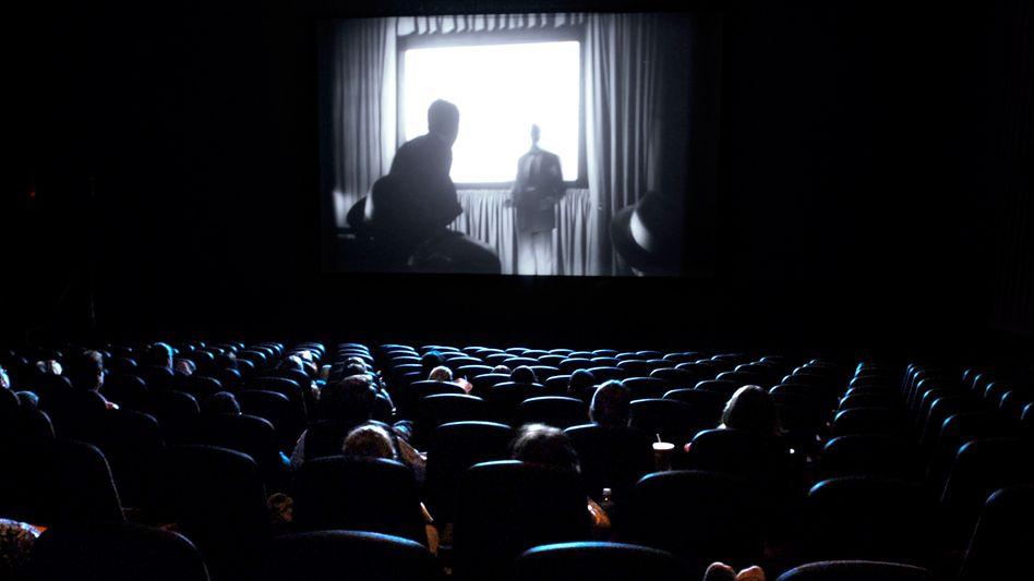 Kinosaal: Jeder Besucher unterstützt die deutsche Filmproduktion