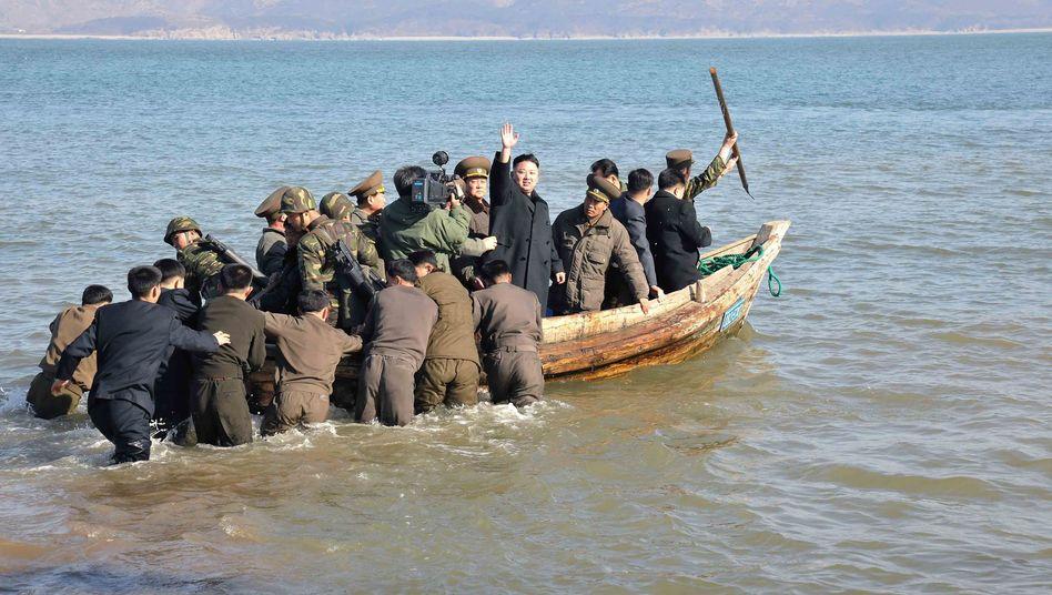 Kim Jong Un nach einer Truppeninspektion an der Küste: Kalkül hinter den Drohgebärden