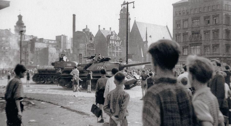 Sowjetische Truppen, Aufständische am 17. Juni 1953 in Leipzig: Pullachs Analytiker glaubten an eine Inszenierung