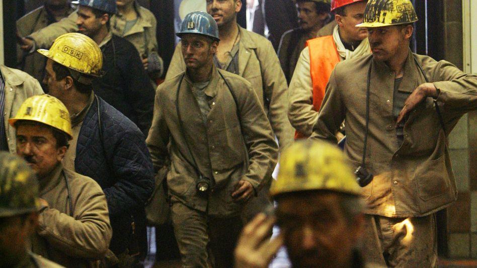 Bergleute im Bergwerk Ost in Hamm: Zechen-Aus schon 2014?