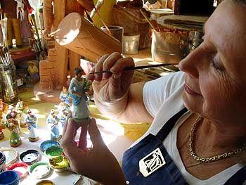 Herstellung von Santons: Die tönernen Krippenfiguren sind mit der provenzalischen Weihnacht untrennbar verbunden