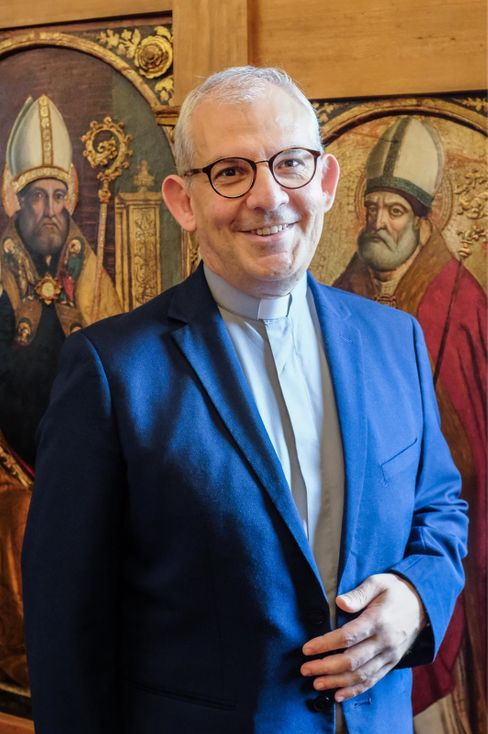 Monsignore Dellavite: Nur ein kurzes Gebet am Grab