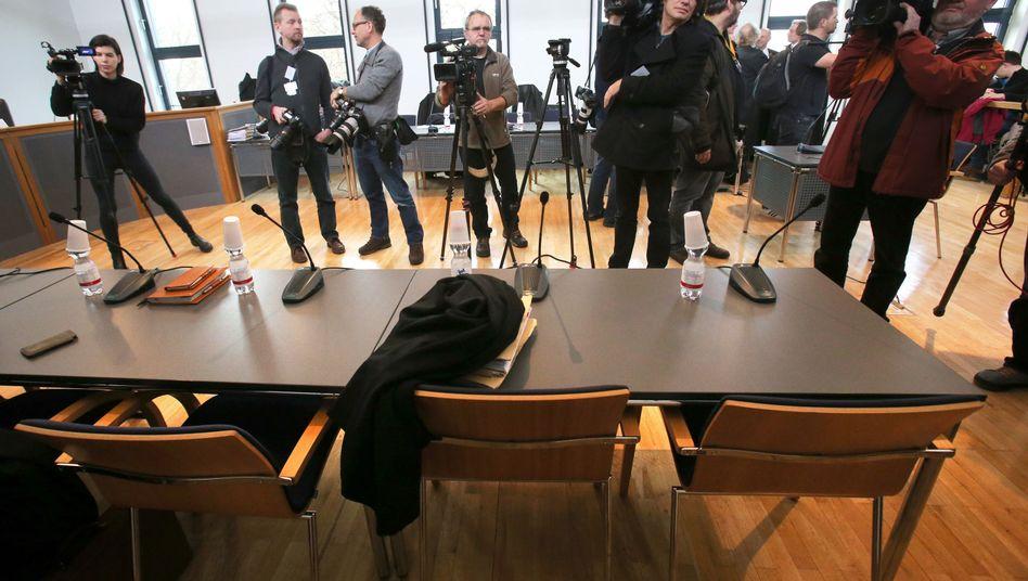 Prozess in Neubrandenburg: Der leere Platz des Angeklagten
