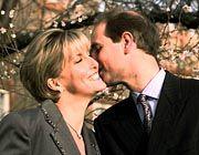 Küsschen zwischen Sophie Rhys-Jones und Prinz Edward sind derzeit nicht angesagt