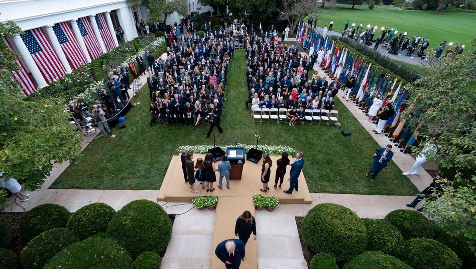 Rosengarten des Weißen Hauses (im September): Auch am Wahlabend werden viele Menschen in der Machtzentrale erwartet