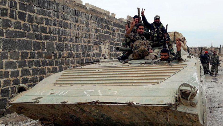 Soldaten der syrischen Regierung in der Region Idlib