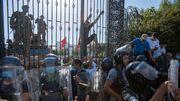 Soldaten umstellen tunesisches Parlament