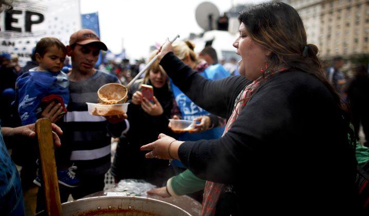 Suppenküche in Buenos Aires (Archivbild): Die schlechten Zeiten sind zurück