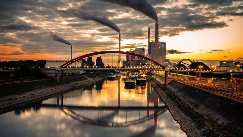 Großkraftwerk in Mannheim
