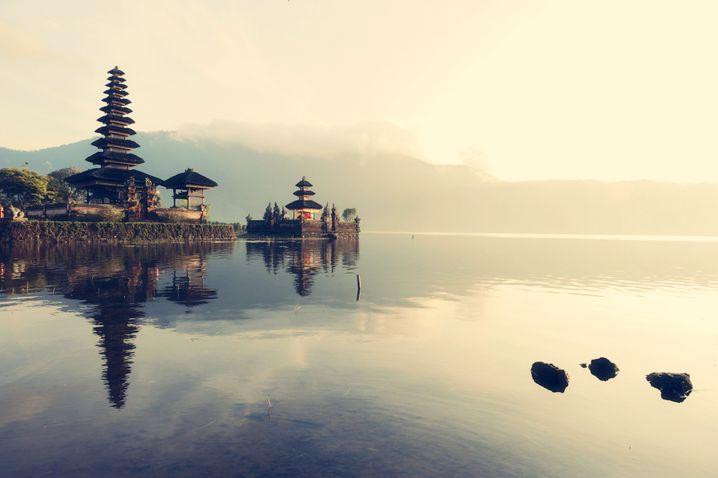 See Bratan auf Bali: Erst Japaner, dann Deutsche?