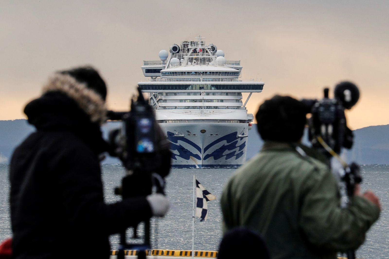 Cruise ship Diamond Princess arrives at Daikoku Pier Cruise Terminal in Yokohama
