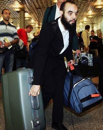 Flughafen Hannover: Mzoudi bei seiner Ausreise aus Deutschland