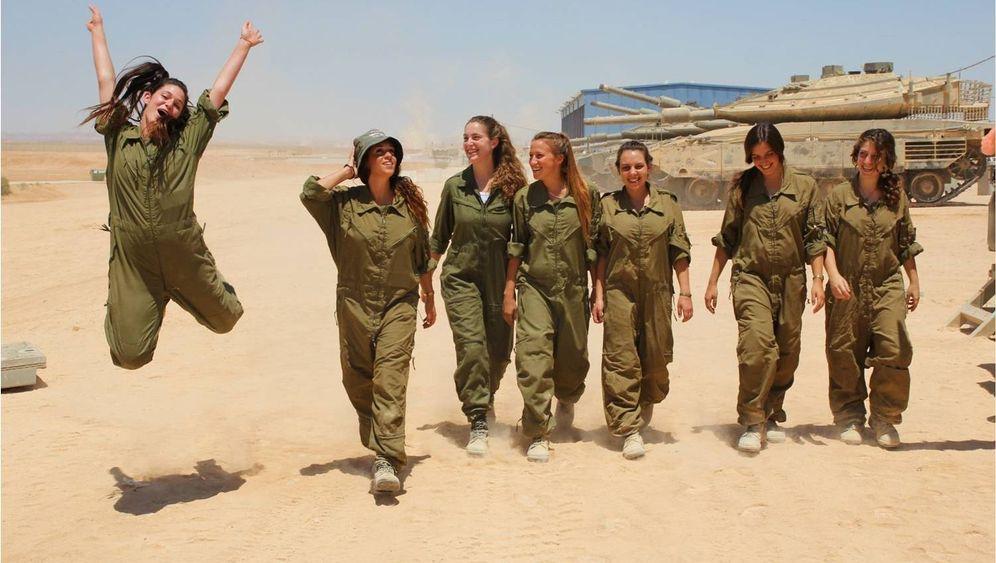 Israelische Soldatinnen: Bürgerinnen in Uniform