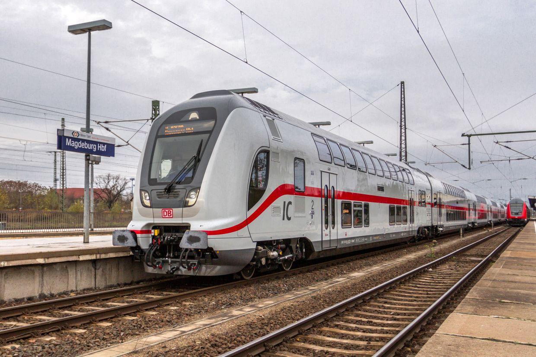 EINMALIGE VERWENDUNG Intercity 2 / Magdeburg Hbf